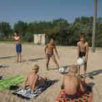 Джанкой в объективе Джанкойские футболисты учатся нырять. getImage 31