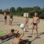 Джанкой в объективе Джанкойские футболисты учатся нырять. getImage 33