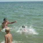 Джанкой в объективе Джанкойские футболисты учатся нырять. getImage 6