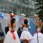 Джанкой в объективе День города: куклы, танцоры, невесты и ангелы... 3NU YfJDlnw