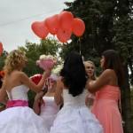 Джанкой в объективе День города: куклы, танцоры, невесты и ангелы... CxMszqYtE7A