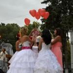 Джанкой в объективе День города: куклы, танцоры, невесты и ангелы... I1FCpH 9vA
