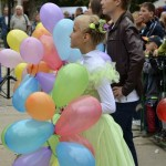 Джанкой в объективе День города: куклы, танцоры, невесты и ангелы... WH0TDlRpfJs
