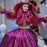 Джанкой в объективе День города: куклы, танцоры, невесты и ангелы... ZvfeZYoHY0Q
