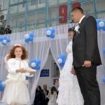 Джанкой в объективе День города: куклы, танцоры, невесты и ангелы... eU0OTFm Vwg
