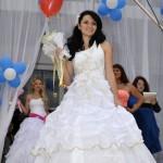 Джанкой в объективе День города: куклы, танцоры, невесты и ангелы... iDQwJeC3LTI