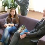 Работать в Яндексе можно даже лежа на диване