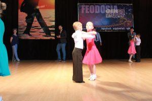Matvej Tverdohlebov Ariana Razvodovskaya 300x200 - Кубки международного турнира «Great Silk Way-2017» взяли джанкойцы