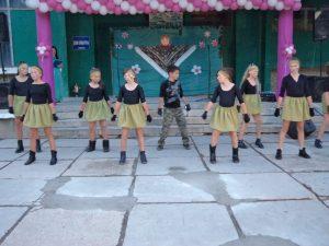 Tantsevalnvaya gruppa Ritm 300x225 - Как Майское гуляло в Сентябре