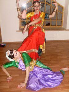 Джанкой в объективе В Джанкое открывается студия индийского танца f4lYtmE0Lbk