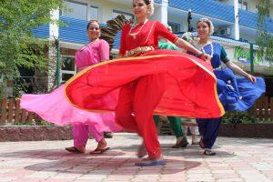 Джанкой в объективе В Джанкое открывается студия индийского танца vgloAiyU7kk
