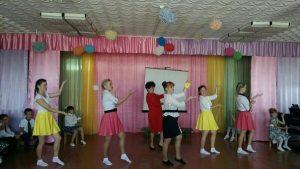 Джанкой в объективе Джанкойские дошколята поздравили воспитателей vospitateli Ermakovo