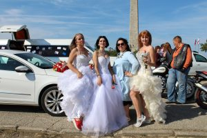 Dzhankojskie devushki na feste nevest 300x200 - Девушки из Джанкоя участвовали в Крымском фестивале невест