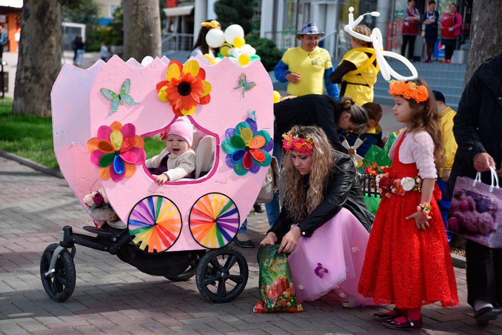 parad koljasok jeto volshebno - Парад колясок: идеи столицы 2011 года
