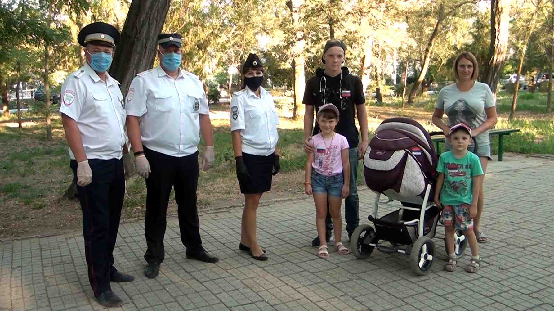 Дети в парке Джанкоя учили ПДД