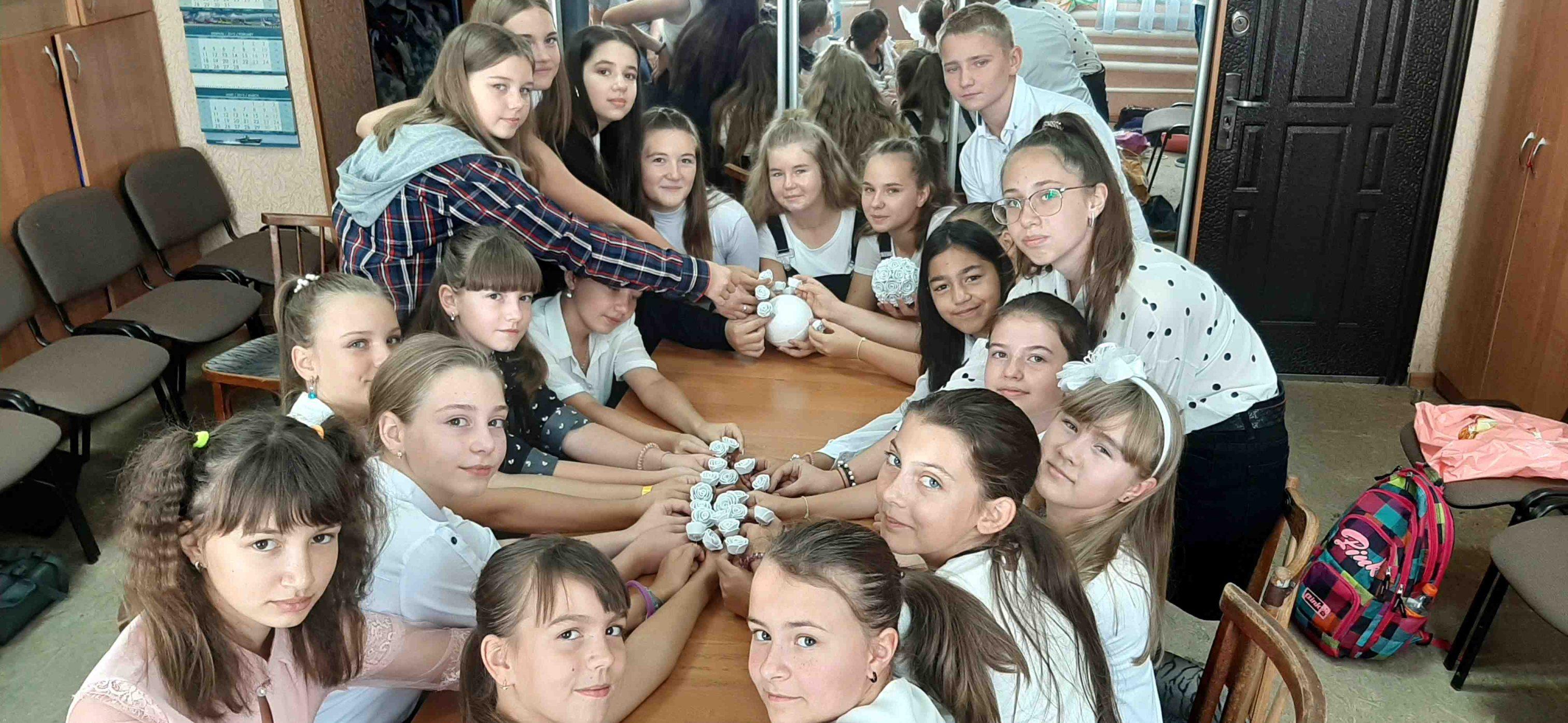 """Джанкой в объективе Дети Джанкоя подключились к акции """"Белый цветок"""" /2020 belyj cvetok. dzh"""