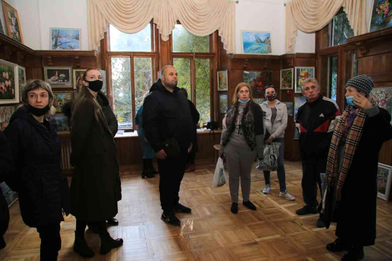 выставка Натальи Астанькович в Ялте