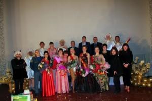 Конкурсантки, члены жюри и творческая группа