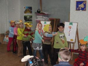 PC300132 300x225 - Детско-юношеский творческий центр им. Св. Кирилла и Мефодия продолжает набор детей в студии на 2015-2016 учебный год