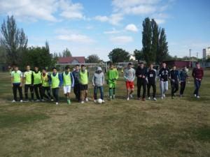 Igra pokazhet luchshih 300x225 - Футболисты джанкойских школ активно боролись за первенство!