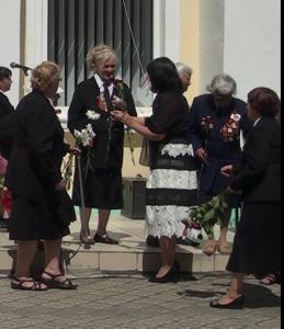 Blagodarny Vam veterany 259x300 - В Джанкое прошел митинг ко Дню скорби и памяти