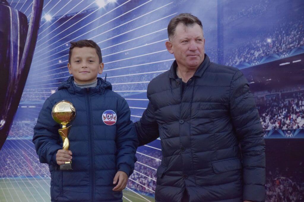 Джанкой в объективе Сразу 2 команды из Джанкоя победили в масштабном турнире Tihonovich CUP Luchshij igrok Sejtbilyalov Vadim