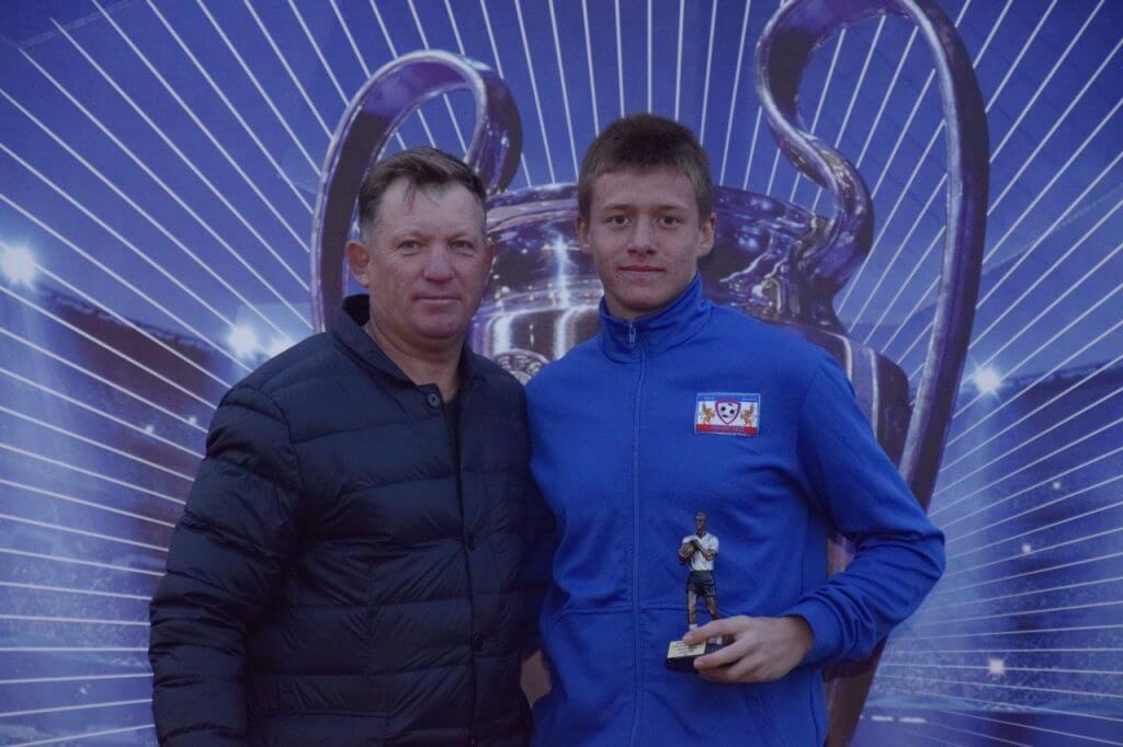 Джанкой в объективе Сразу 2 команды из Джанкоя победили в масштабном турнире Tihonovich CUP luchshij vratar Tyshhenko Rostislav